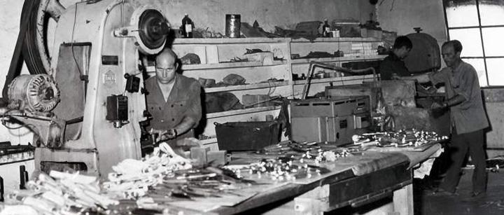 Cuchillos y navajas artesanales manufacturas muela for Talleres artesanales